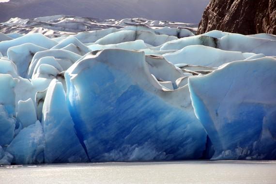 Glacier grey - blue ice