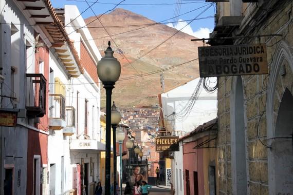 """abogado"" or law offices in Potosi Bolivia"