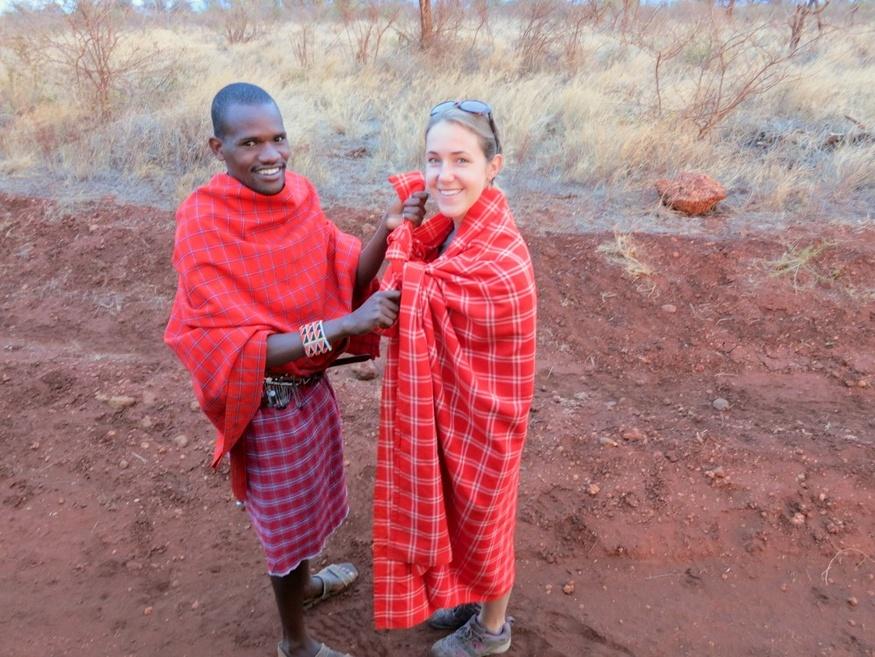02-06-Tying maasai blanket-HoneyTrek.com