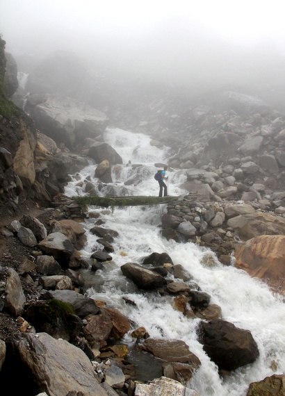 HoneyTrek.com crosses bridges of annapurna