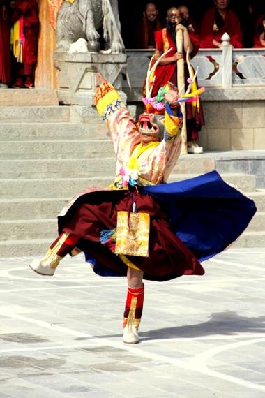 Gedong Mask Festival, Benzilan China