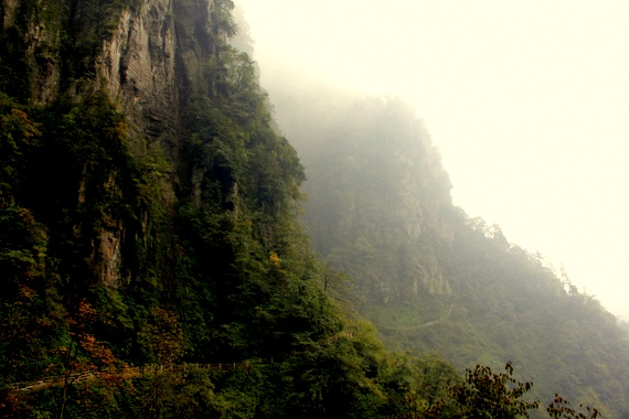 Trek on Mount Emeishan China