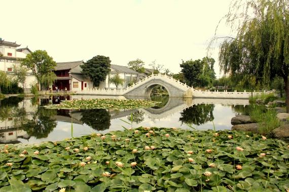 Xizhou town bridge China