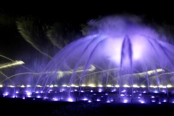 hangzhou's lake fountain show
