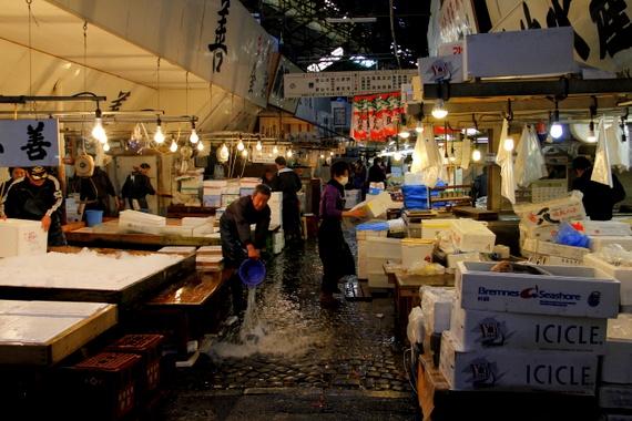 largest fish market in japan