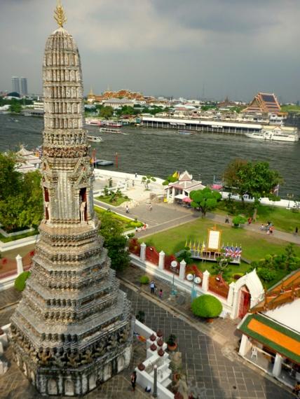 temple of dawn bangkok
