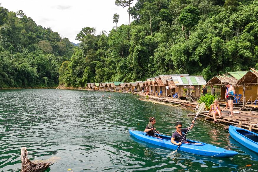 floating guest houses khao sok lake