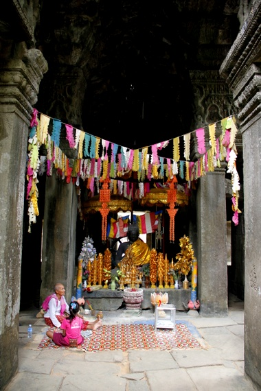 Hinduhism and Buddhism at Cambodian Temple