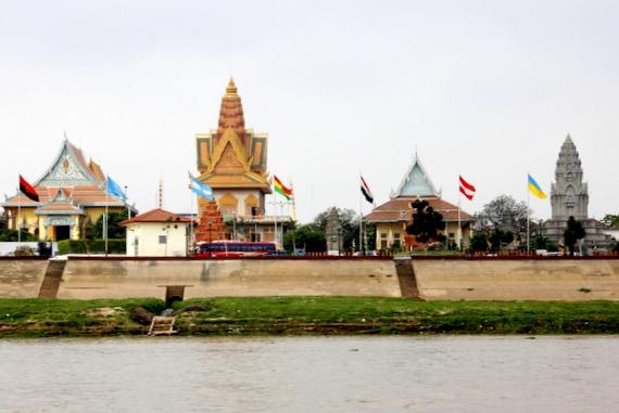 river view to Phnom Penh