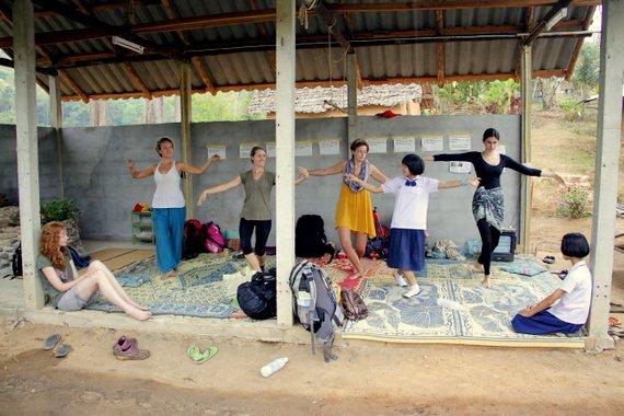 Learning Thai Dance