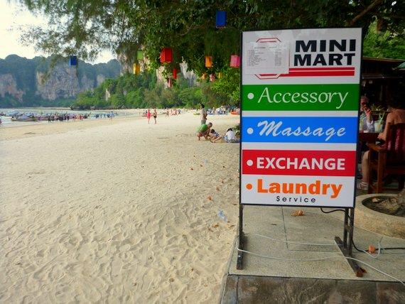 Money Exchange, Laundry & Massages in Thailand