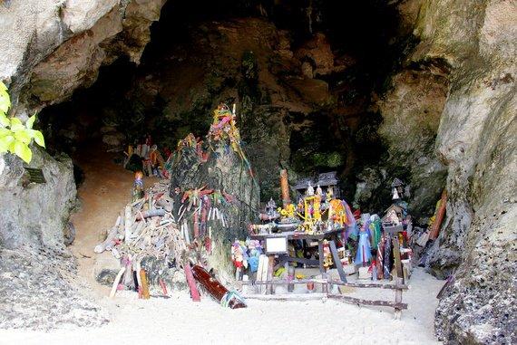 Penis Cave, Railay Beach