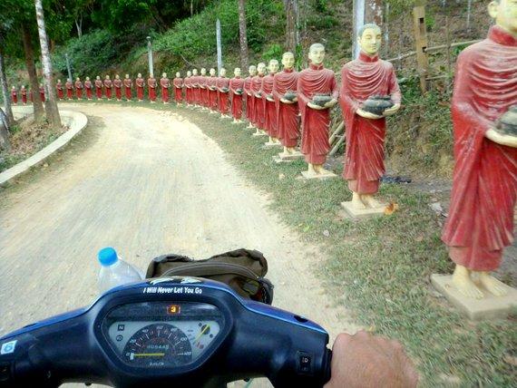 Motorbike tour Hpa-An
