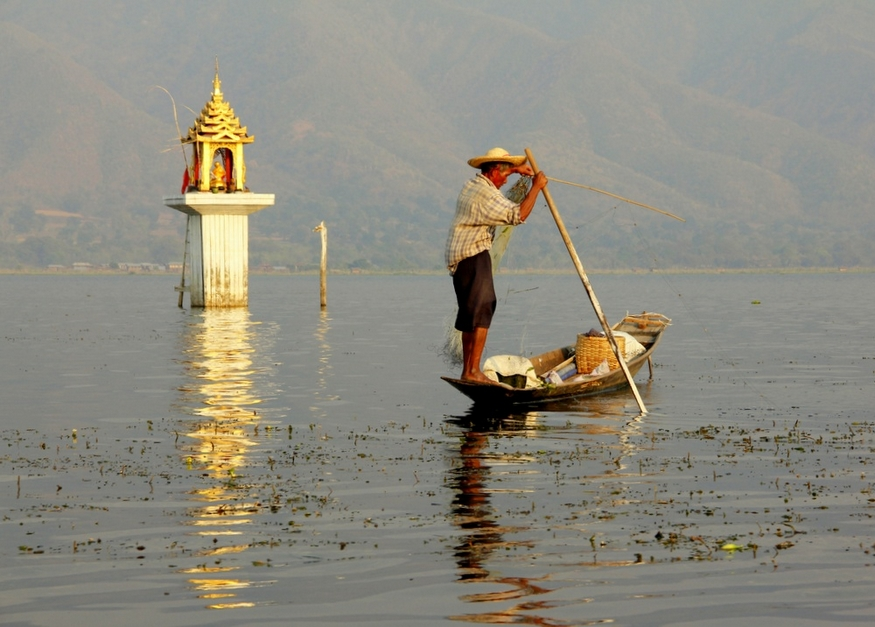 inle lake shrine
