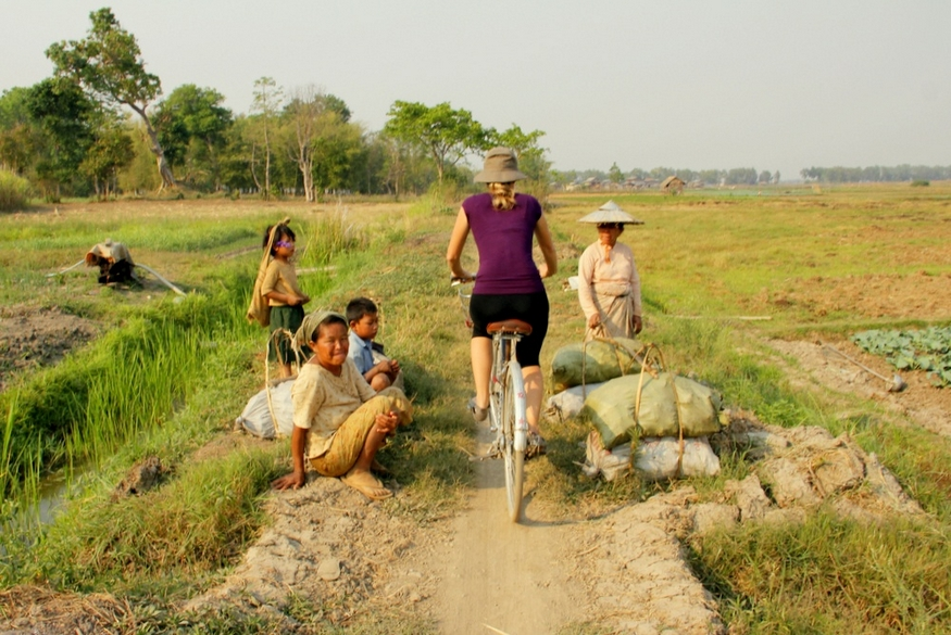 Biking Inle Lake