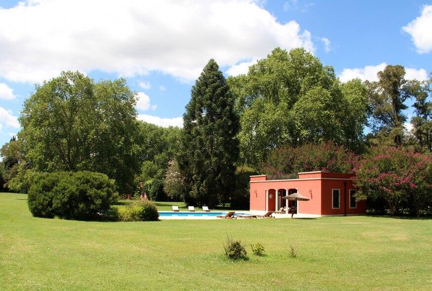 estancia pool