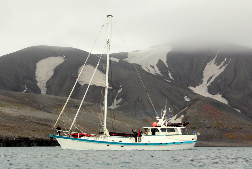 Sailboat to Antarctica