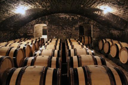 9. design-travel-winery-barrels