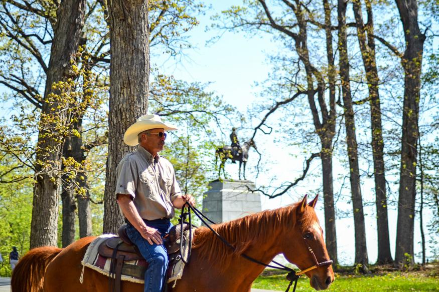 Gettysburg by Horesback
