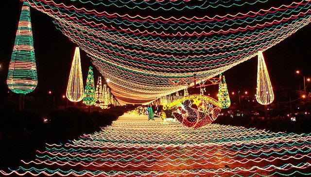 Mdellin Columbia Christmas Lights