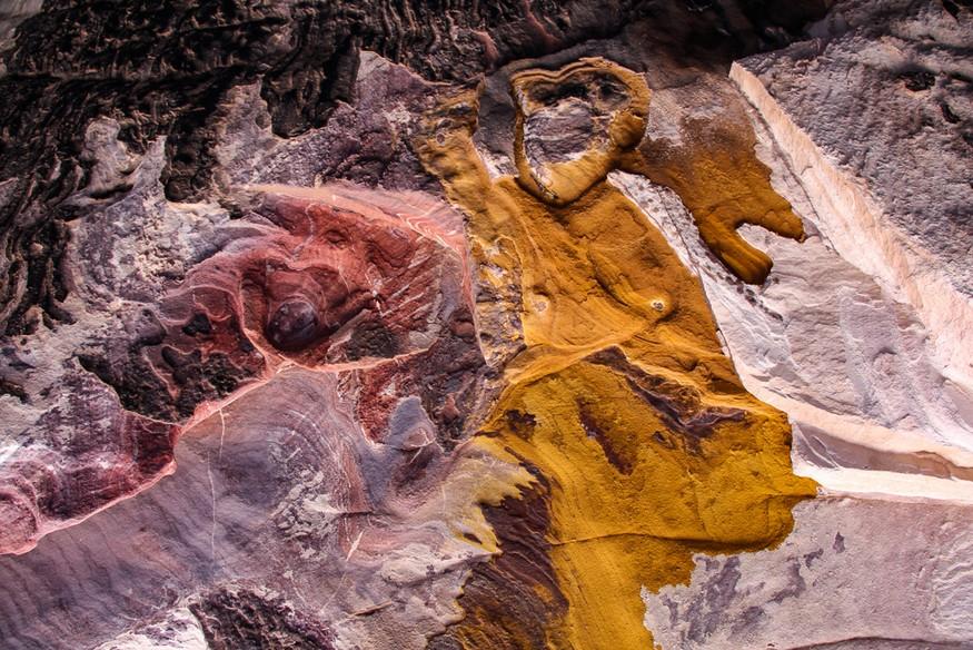 Petra colorful rocks